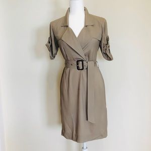 Burberry size 4 belted dress